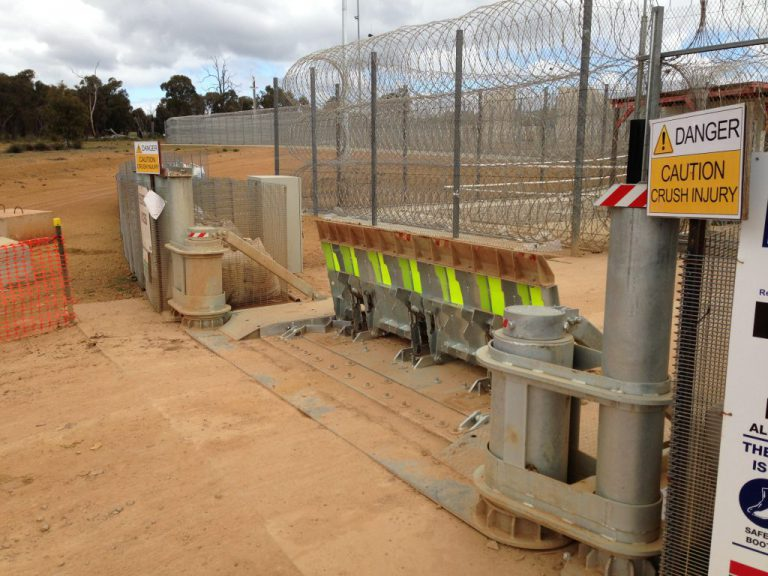 AVS-elli LW7 Vehicle Barrier harsh conditions