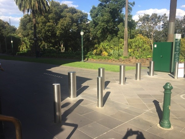 AVS-elli Stainless Steel Bollards