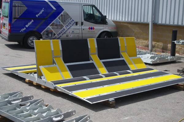 avselli LW7 barrier with non slip mats